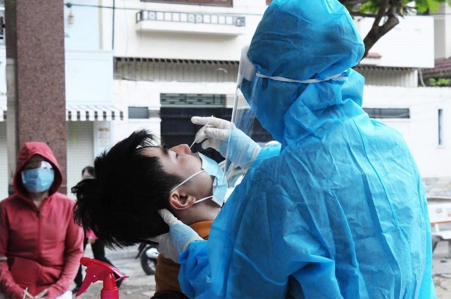 Trưa 3/8, Hà Nội thêm 23 ca nhiễm, một số nhân viên Vinmart và Khách sạn Pullman dương tính