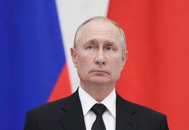 Tổng thống Nga Putin phải tự cách ly do tiếp xúc với người nhiễm Covid-19