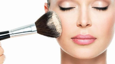 Cải thiện tình trạng da khô ráp, không 'ăn phấn'