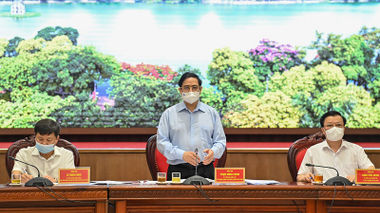 Thủ tướng Phạm Minh Chính làm việc với TP Hà Nội về công tác phòng chống dịch Covid-19 và tình hình phát triển kinh tế xã hội
