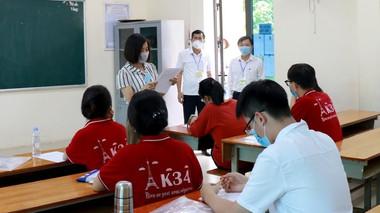 Thủ khoa khối C toàn quốc là học sinh trường THPT Phan Bội Châu (Nghệ An)