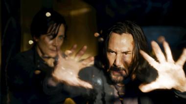 'Ma Trận: Hồi Sinh' đón chào sự trở lại của cặp đôi Keanu Reeves và Anne Moss