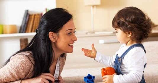 Cha mẹ cần làm gì để giúp con hứng thú học tiếng Anh tại nhà?