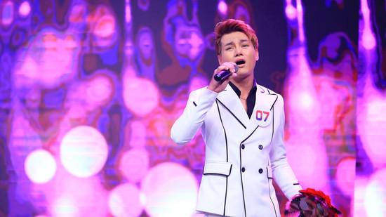 Danh ca Ngọc Sơn, Việt Hương nổi da gà với giọng hát của Phan Duy Anh trong bản hit 'Từng yêu'