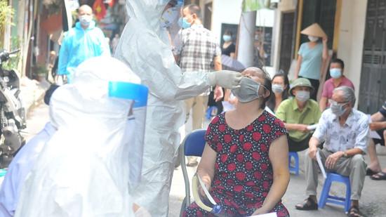 Hà Nội tiếp tục lấy 1 triệu mẫu xét nghiệm Covid-19 đợt 2 cho 13 nhóm người nguy cơ cao